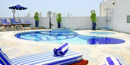 Allas, Hotelli Howard Johnson, Bur Dubai.