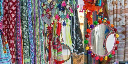 Shoppaile Ibizan hippimarkkinoilla!
