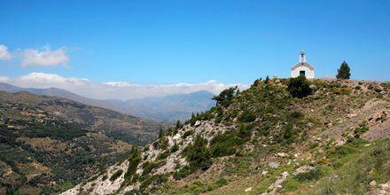 Pieni valkoinen kappeli kukkulalla, Ierapetra & Koutsounaris, Kreeta.