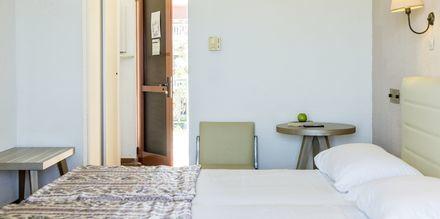 Kahden hengen huone. Hotelli Iliessa Beach, Argassi, Zakynthos, Kreikka.