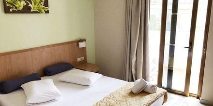 Kolmio. Hotelli Imperial, Kos, Kreikka.