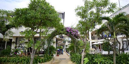 In on the Beach, Karon Beach, Phuket.