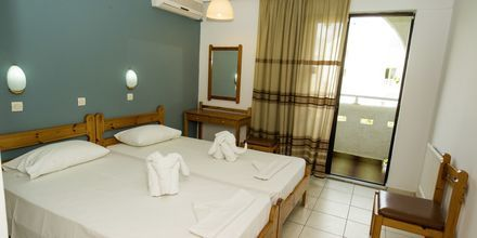 Kahden hengen huone. Hotelli International, Kos, Kreikka.