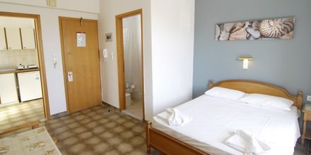 Yksiö. Hotelli International, Kos, Kreikka.