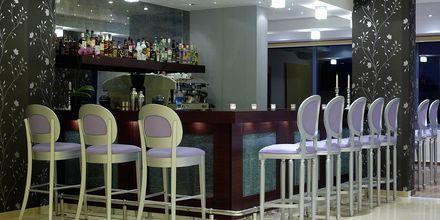 Hotellin baari, hotelli Ionian Theoxenia. Kanali, Kreikka.