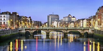 Dublinissa virtaa Liffeyn joki.