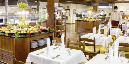 Buffetravintola, hotelli Isabel. Playa de las Americas, Teneriffa.