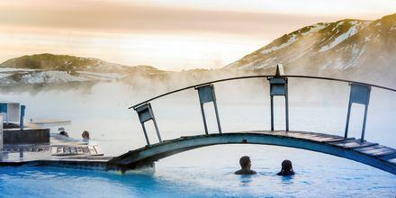 Sininen laguuni on suosittu käyntikohde Islannissa - mieleenpainuva elämys!
