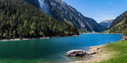 Järvi Tyrolissa, Itävallassa.