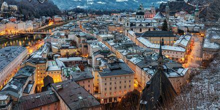 Talvi Salzburgissa, Itävalta.