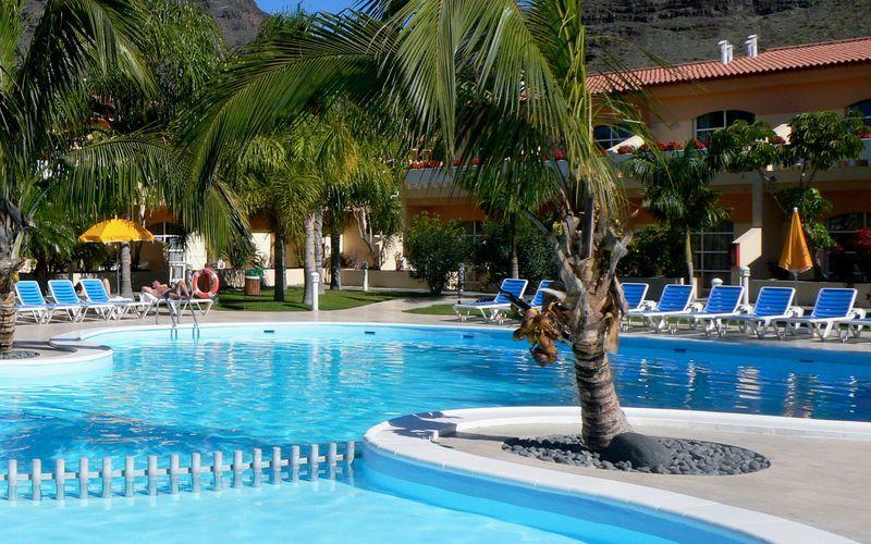 Hotelli Jardin del Conde - Uima-allas