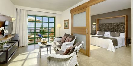 Superiorsviitti, hotelli Jardines De Nivaria. Costa Adeje, Teneriffa.