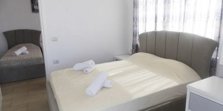 Perhehuone. Hotelli Joni, Saranda, Albania.