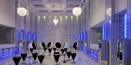 Voda Bar, Hotelli Jumeirah Zabeel Saray, Dubai.