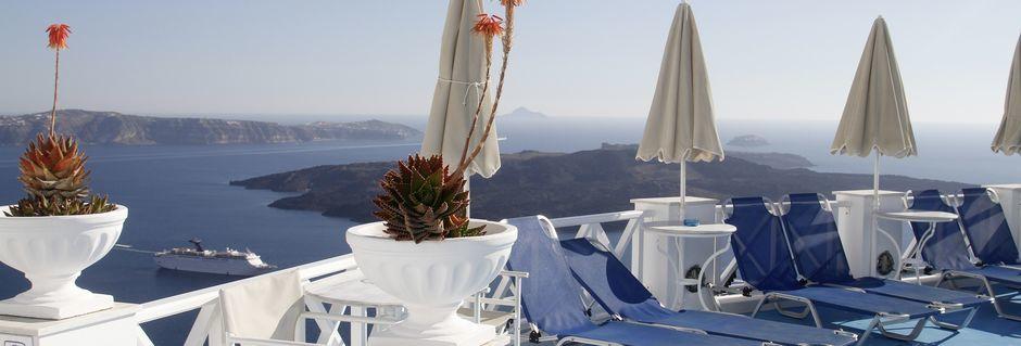 Aurinkoterassi, Hotelli Kafieris Blue, Santorini, Kreikka.