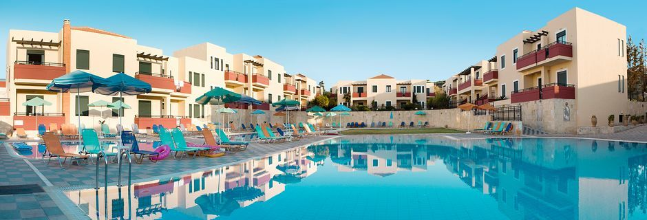 Hotelli Kambos Village G D'S Hotels, Agia Marina, Kreeta.