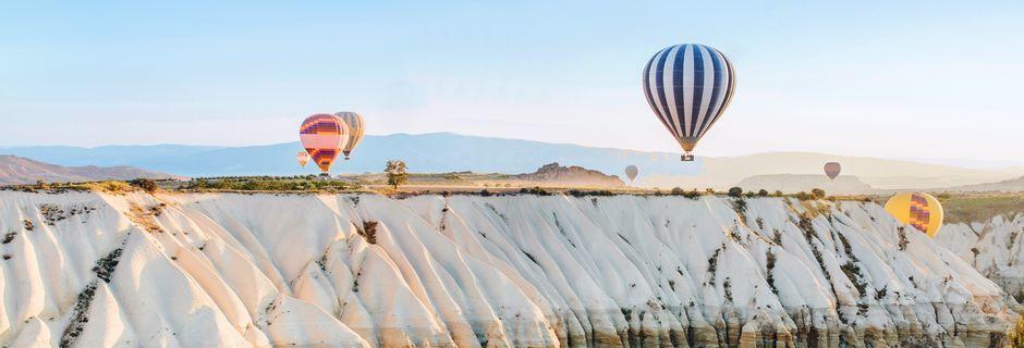 Kappadokia, Turkki – ainutlaatuinen matkakohde.