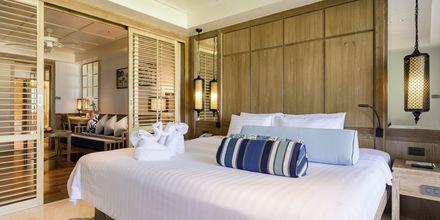 Sviitti. Hotelli Katathani Phuker Beach Resort & Spa, Thaimaa.