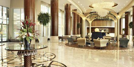 Aula, Hotelli Khalidiya Palace Rayhaan, Abu Dhabi.