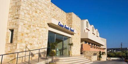 Sisäänkäynti. Hotelli Kiani Beach Resort, Kalives, Kreeta.