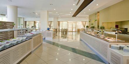 Buffetravintola Amvrosia, Hotelli Kipriotis Maris, Kos, Kreikka.