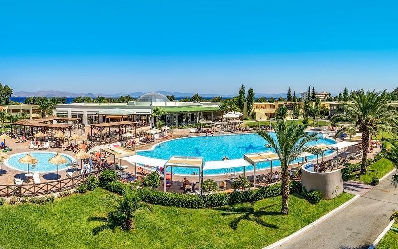 Hotelli Kipriotis Maris Suites, Kos, Kreikka.