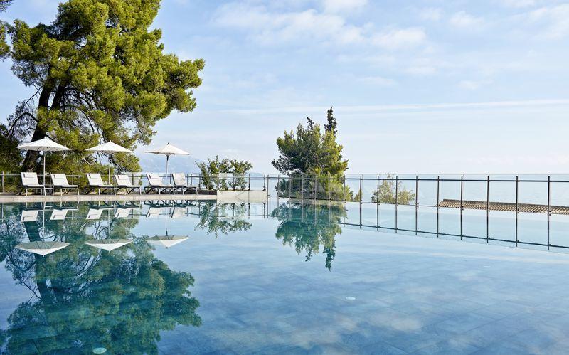 Infinity-allas, Hotelli Kontokali Bay, Korfu, Kreikka.