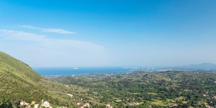 Vuorimaisema, Korfu, Kreikka.
