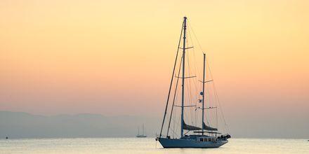 Auringonlaskun värit, Kosin kaupunki, Kreikka.