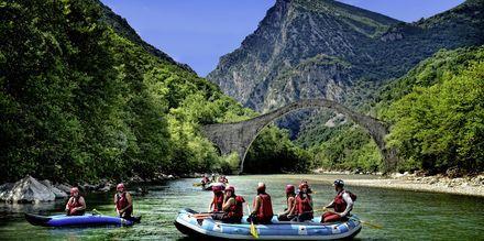 Melontaa Voidomatis-joella Zagoriassa.