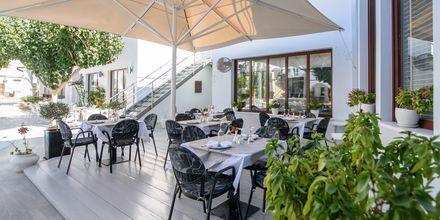 Ravintola, Hotelli La Mer, Santorini, Kreikka.
