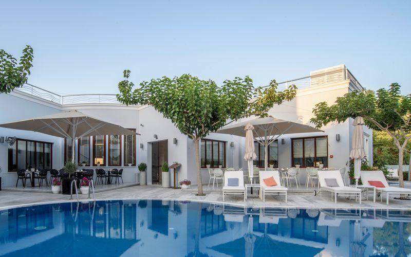 Allas, Hotelli La Mer, Santorini, Kreikka.