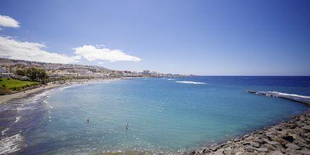 Hotellin lähellä oleva ranta. Hotelli Lagos de Fañabé, Playa de las Americaksen lähellä, Teneriffa.