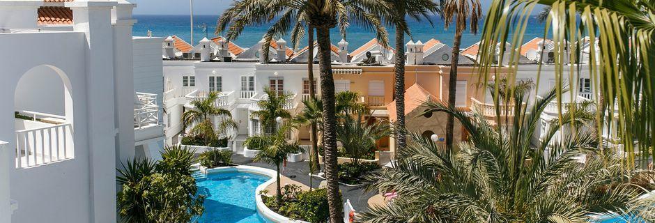 Hotelli Lagos de Fañabé, Playa de las Americaksen lähellä, Teneriffa.