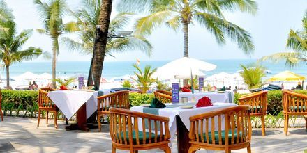 Ravintola Gino's Pasta & Pizza Corner, hotelli Legian Beach. Kuta, Bali.