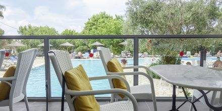 Ravintola. Hotelli Likithos Village, Korfu, Kreikka.