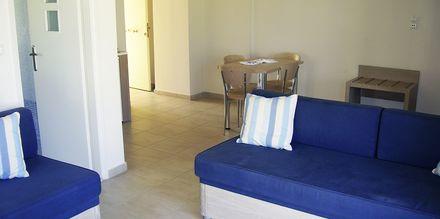 Yksiö. Hotelli Lissos, Platanias, Kreeta, Kreikka.