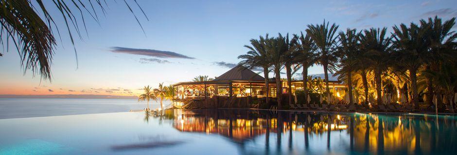 Allasalue, Hotelli Lopesan Costa Meloneras Resort Spa & Casino, Meloneras, Gran Canaria.