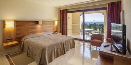 Sviitti, Hotelli Lopesan Costa Meloneras Resort Spa & Casino, Meloneras, Gran Canaria.