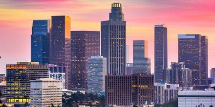 Los Angeles on sekoitus pilvenpiirtäjiä ja hiekkarantoja.