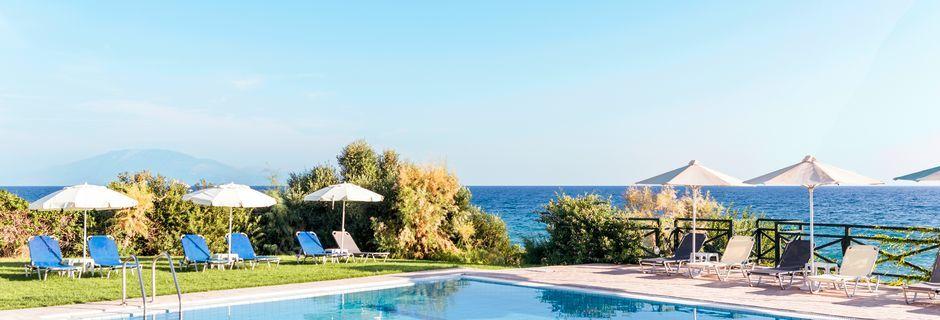 Allas. Loukas on the Waves, Tragaki, Zakynthos, Kreikka.
