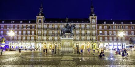 Yksi Madridin tunneituimmista paikoista on Plaza Mayor.