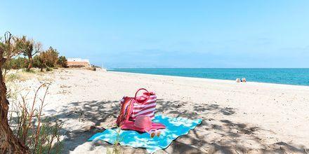Virkistävä pulahdus meressä. Maleme, Kreeta, Kreikka.