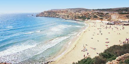 Maltalla on upeita hiekkarantoja.
