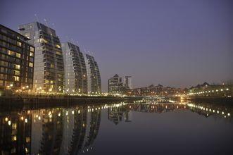 Salford Quays Manchesterissa on kaupungin tunnettu maamerkki.