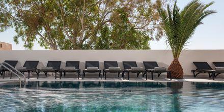 Allas. Hotelli Mar & Mar Crown Suites, Santorini, Kreikka.