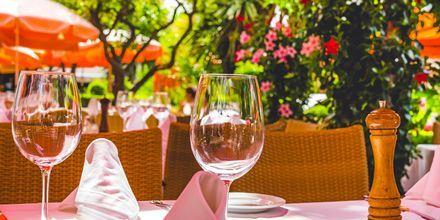 Ravintola Marbellassa, Espanjassa.