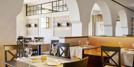 Ravintola La Terazza, Hotelli MarBella Corfu, Kreikka.