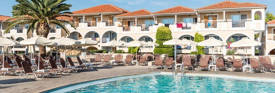 Allasalue, hotelli Marelen. Kamalaki, Zakynthos, Kreikka.