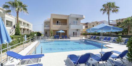 Allasalue. Hotelli Mary, Platanias, Kreeta, Kreikka.